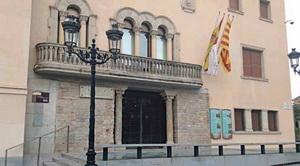 Cornellà compensa la fuerte caída de ingresos con un recorte del gasto de casi 14 millones de euros