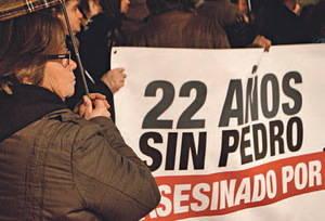 La madre de Pedro Álvarez en la última manifestación   Desideria Petrache - DateCuenta