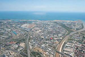 La Zona Franca tendr� la primera estaci�n, en Barcelona, de gas natural comprimido y licuado para camiones