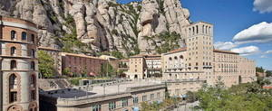 El Baix trenca, per primera vegada, el llindar del milió de turistes en un any. El sector empresarial turístic de la província compta amb quasi 12.000 companyies; el 24% estan al Baix Llobregat