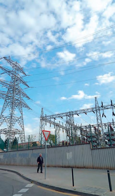 Continua paralitzat el trasllat de la vella central elèctrica