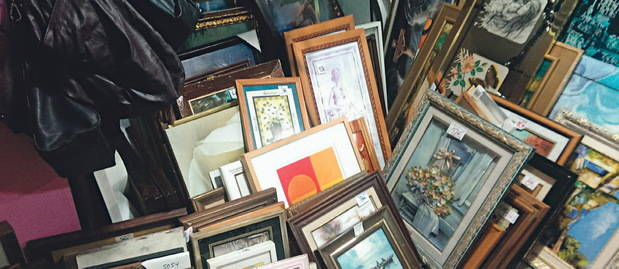 Las tiendas de segunda mano se multiplican como vía de escape a la crisis económica