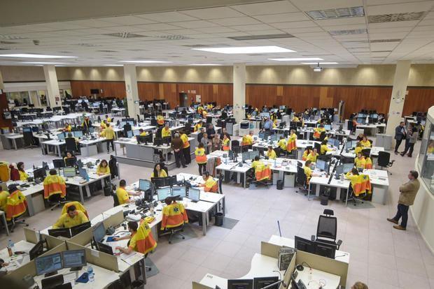 La central de Emergències Mèdiques de la Generalitat de Catalunya atiende las llamadas por síntomas que puedan dar positivo en Covid-19