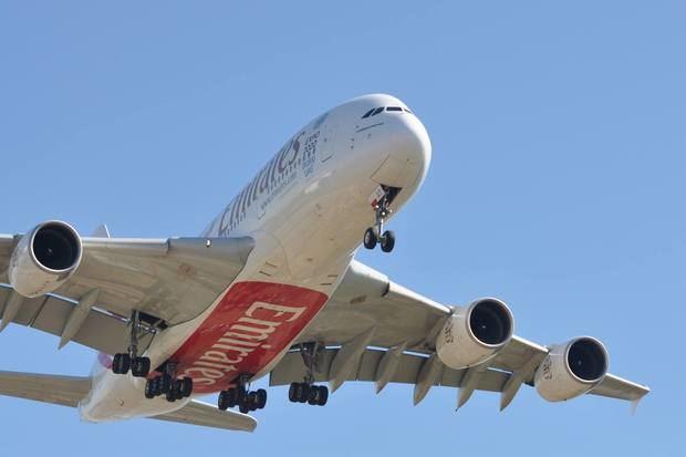 El Airbus A380 de Emirates opera en El Prat desde 2014