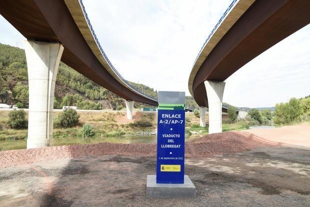 Abierta al tráfico la conexión entre la AP7 y la autovía del Baix (A2) después de 14 años de espera