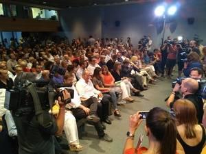La conferencia socialista sobre la regeneraci�n democr�tica gener� una gran expectativa medi�tica