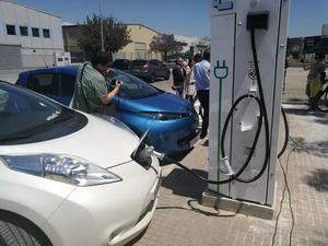 Expediente sancionador a las seis estaciones de recarga de vehículos eléctricos del Baix y L'Hospitalet