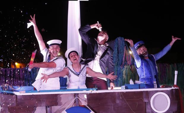 El festival Al Carrer de Viladecans adaptado a la pandemia atrae a 9.000 espectadores