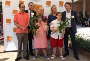 La Fundación Finestrelles de Esplugues inaugura una residencia especializada en discapacitados intelectuales