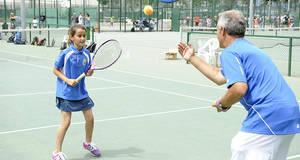 CCOO exige al Ayuntamiento de Cornellà que deje de 'bloquear' el futuro de la Federació Catalana de Tennis