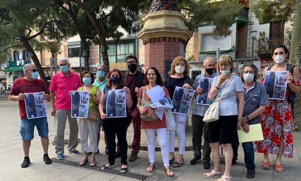 Campaña popular en defensa de la centenaria fuente de la Plaza Española de L'Hospitalet