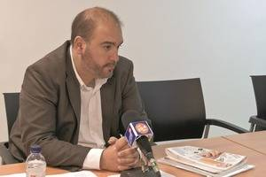 Arnau Funes, en el debat electoral comarcal que El Llobregat va organitzar abans de les municipals de 2015