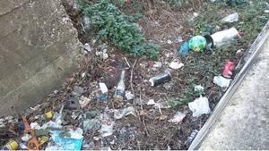 L'Hospitalet reclama a Adif una mayor limpieza del entorno ferroviario