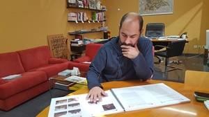 Segú ens va atendre al seu despatx, el passat mes de març, per parlar sobre un dels elements patrimonials de la vila: Torre Salvana