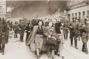 """L'Hospitalet recibe la exposición """"Huyendo del Holocausto"""" con historias de judíos que escaparon por los Pirineos"""