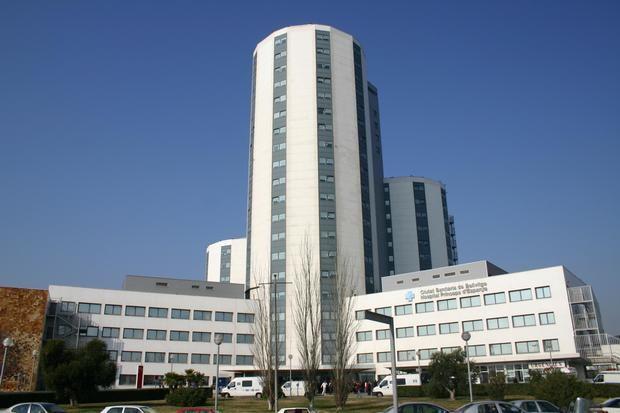 El Hospital de Bellvitge vuelve a permitir que los pacientes hospitalizados sin coronavirus reciban visitas