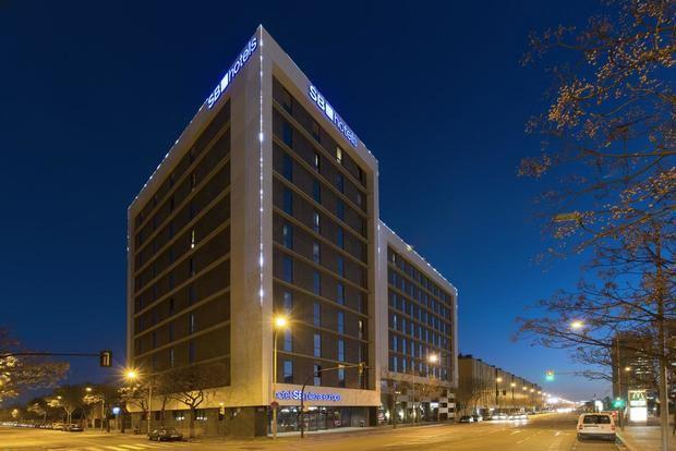 Hoteles fantasma en el desierto de la pandemia de L'Hospitalet