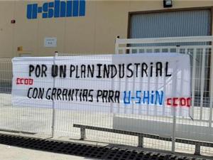 Huelga en U-Shin para evitar el cierre de la planta de Abrera y el despido de 72 trabajadores