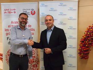 El Hospital de Sant Joan de Déu recibe 8.000 euros de Aguas Font Vella y Lanjarón