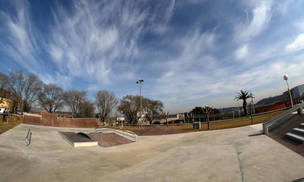 Sant Andreu de la Barca renova el seu 'skate park' per convertir-lo en un referent de la zona