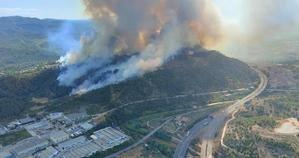 Estabilizado el incendio que ha arrasado más de 220 hectáreas en Castellví, Martorell y Sant Andreu