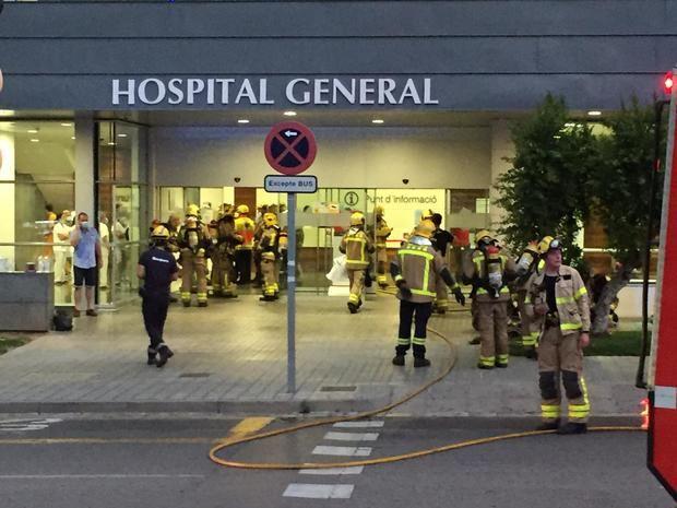 Un incendio en una habitación obliga a evacuar a 33 pacientes del Hospital General de Sant Boi
