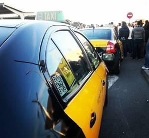 El taxi congela sus precios para 2017