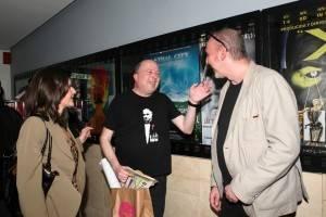 El documental 'Las tres vidas de Pedro Burruezo' reúne al compositor y al cineasta José López