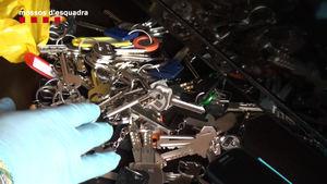 Las 'llaves falsas' que utilizaba el grupo criminal colombiano para robar en los domicilios.