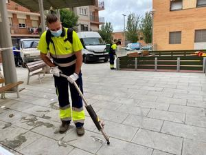 Sant Joan Despí intensifica la limpieza del espacio público para atajar el covid-19
