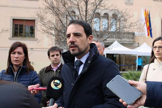 """El PP pide un pleno extraordinario en Castelldefels para evitar que el Gobierno de Sánchez """"confisque los ahorros municipales"""""""
