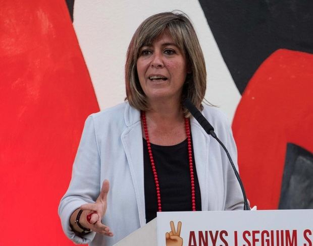 """Núria Marín: """"Cada ciutadà té un paper rellevant en posar fre a la pandèmia del coronavirus"""""""