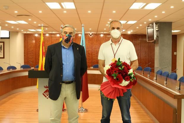 Sant Andreu de la Barca entrega la Medalla de Oro de la Ciudad a Médicos sin Fronteras