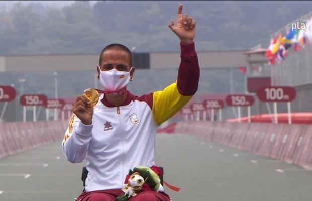 El viladecanense Sergio Garrote se cuelga la medalla de oro en los Juegos Paralímpicos de Tokyo