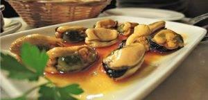 La Bodega Quimet es una de las tradicionales de Gràcia, perfecta para un excelente vermut