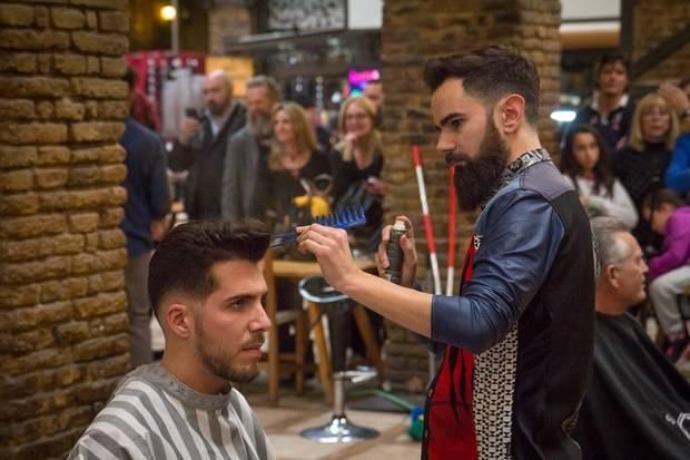 El santboyano Miguel Díaz se confirma como artista de la barbería en la I Edición del 'American Barber Battle Barcelona 2016'