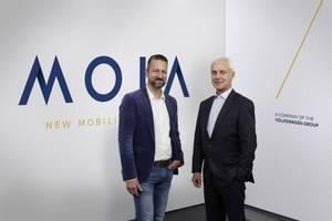 Ole Harms, consejero delegado de MOIA (izquierda); y Matthias Müller, consejero delegado del Grupo Volkswagen (derecha)