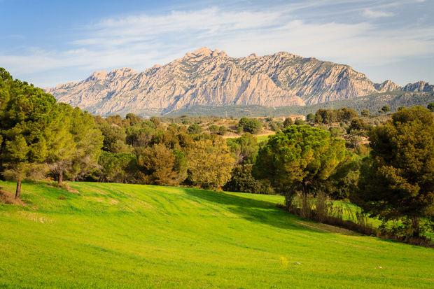 El Parc Rural de Montserrat está formado por 16 municipios, 4 de ellos del Baix Llobregat.