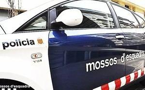 Muere un camionero de 56 a�os en Martorell al quedar atrapada su mano en una puerta mec�nica