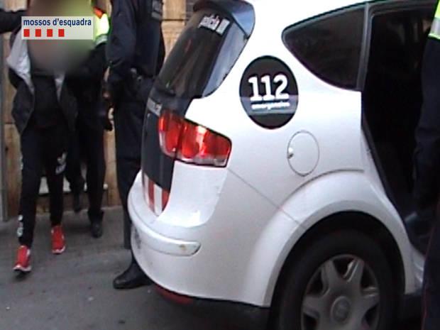 Mossos desarticula un grup criminal per assaltar violentament dones octogenàries a L'Hospitalet