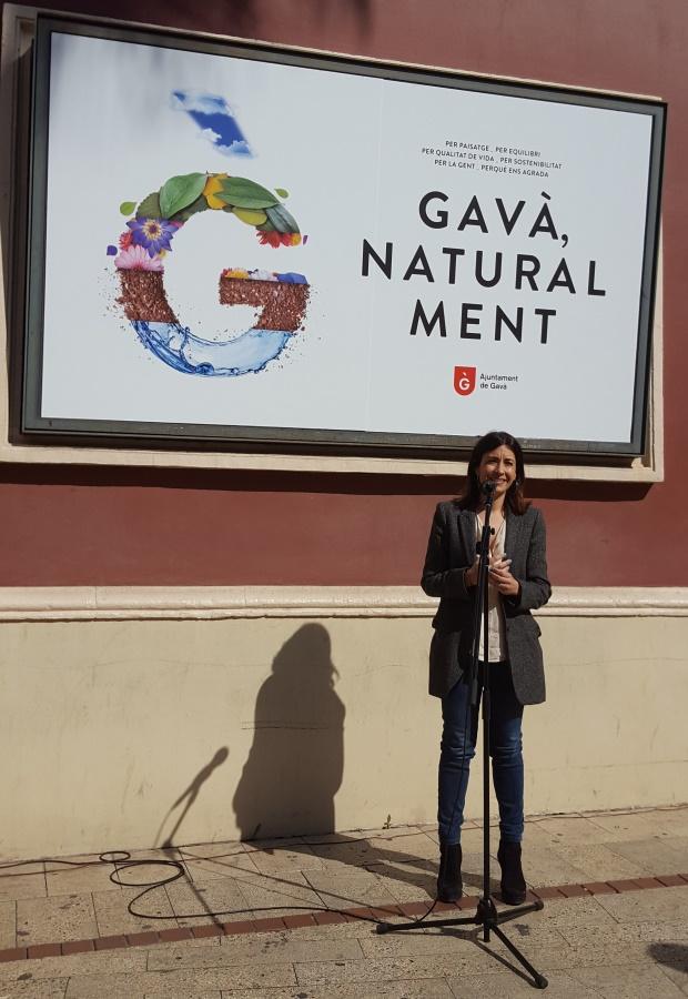 L'alcaldessa de Gavà, Raquel Sánchez, ha presentat la nova imatge de ciutat al Nou Mercat del Centre