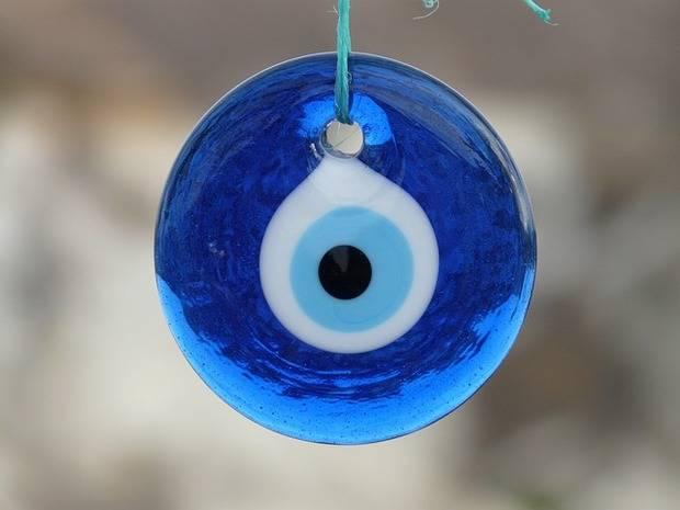 Amuleto contra el mal de ojo, creencia muy estendida en América Latina
