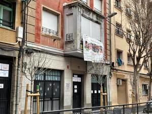 La mediación del Ayuntamiento de l'Hospitalet no frena el cierre de la Acadèmia Cultura
