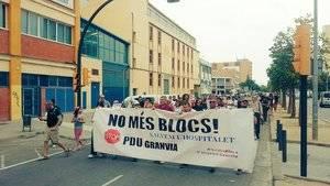Manifestaci� de l'Assemblea en contra del PDU al barri de Bellvitge
