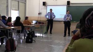 Una menor de L'Hospitalet denuncia assetjament després de rebre una xerrada especialitzada de Mossos d'Esquadra