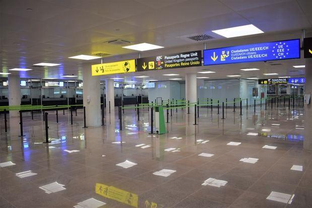 Nuevo control de pasaportes en la Terminal T1 del aeropuerto de El Prat