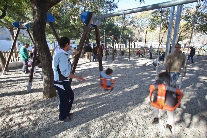 El Ayuntamiento de L'Hospitalet cerrará el parque de los Pajaritos por la noche
