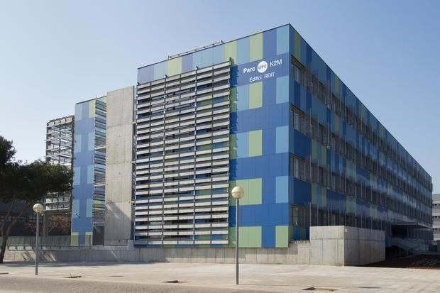 Edificio RDIT en el Campus del BAix Llobregat en Castelldefels.