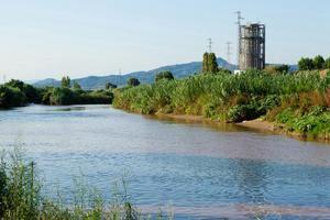 Si les administracions es mullen, el deteriorament de les aigües té solució