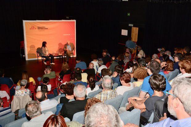 Bàrbara Lligadas junto a Ernest Maragall en la presentación de su candidatura a las municipales de 2019 en Viladecans.